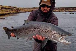 Robert Nowak með magnaðan fisk úr Eldvatni.