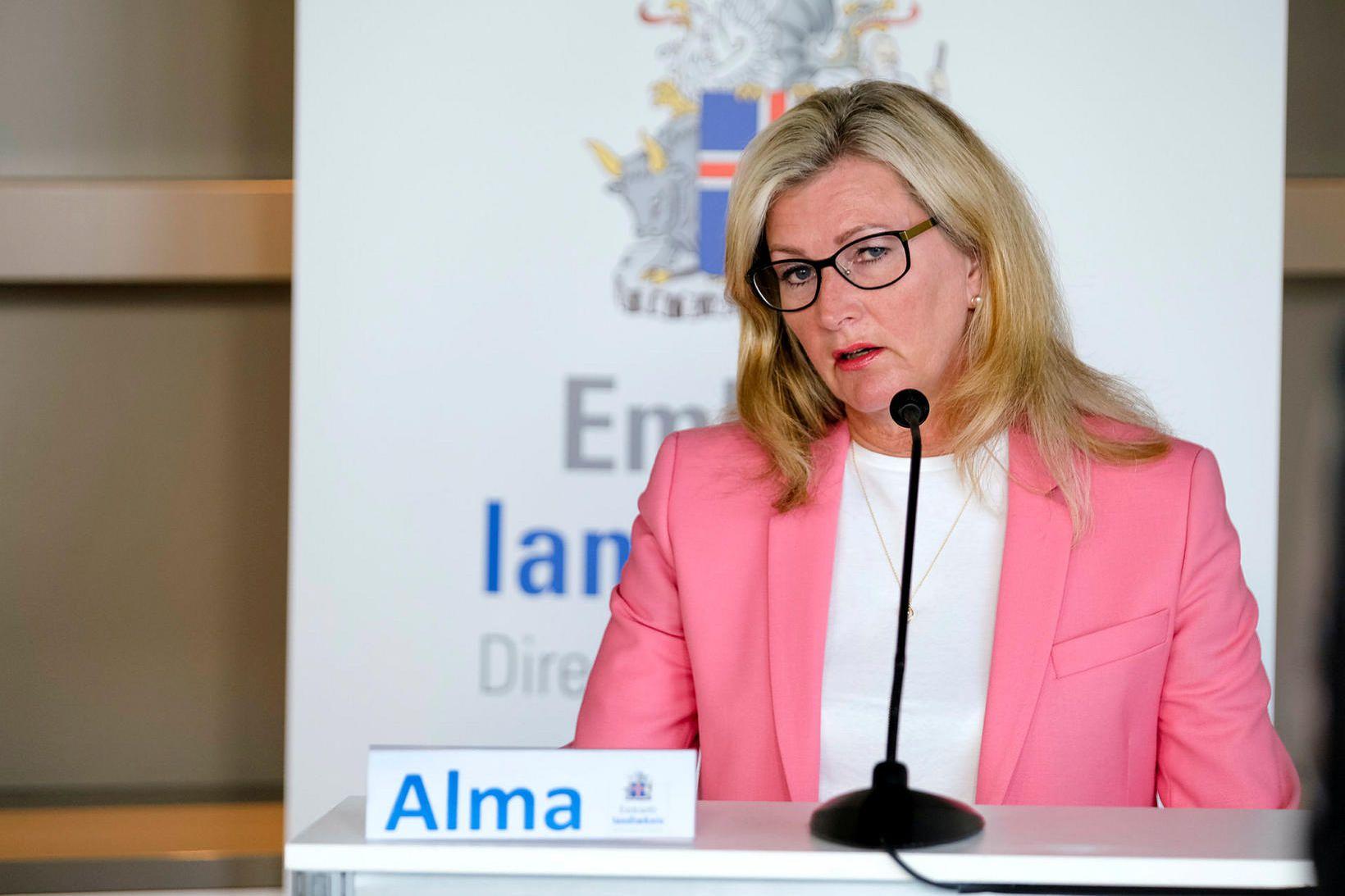 Alma Möller landlæknir hvetur alla landsmenn til þess að herða …