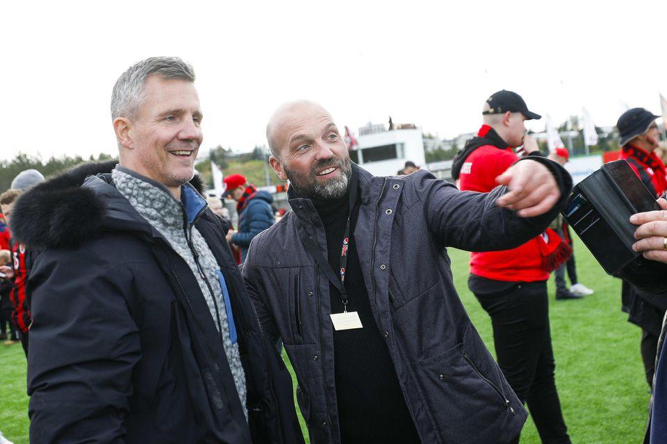 Guðni Bergsson og Arnar Gunnlaugsson glaðbeittir.