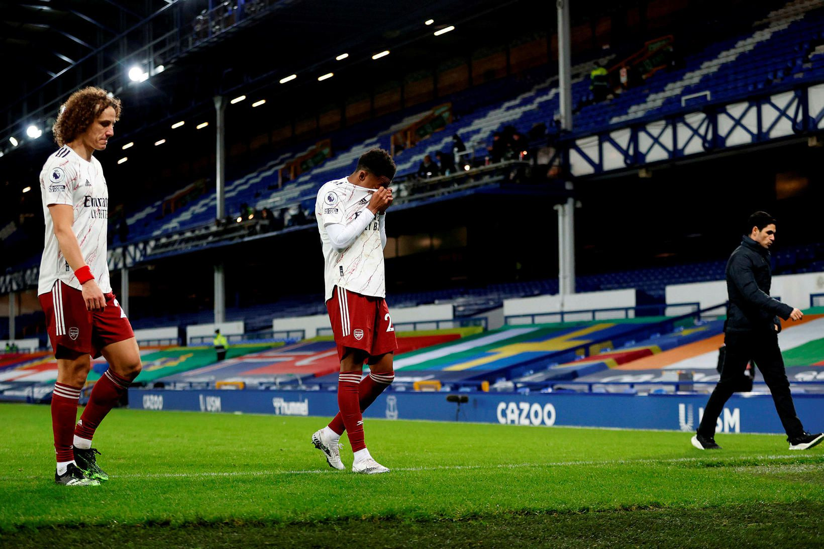 David Luiz, Joe Willock og Mikel Arteta ganga af velli …