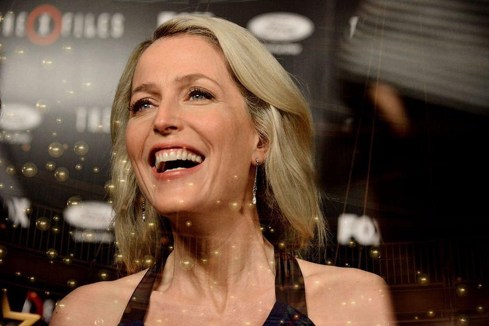 Peter Morgan, fyrrverandi kærasti Gillian Anderson, er fluttur inn með …