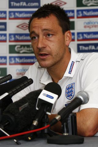 John Terry fyrirliði Chelsea og enska landsliðsins.