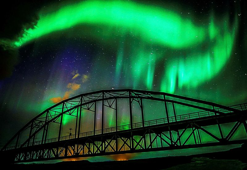 The northern lights, seen from the old Þjórsárbrú bridge, South Iceland, the weekend before last.