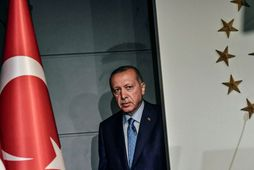Erdogan rétt áður en hann flutti sigurræðu sína.