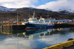 Sigurborg SH-12 kom til hafnar í Grundarfirði með 75 tonn af steinbít.
