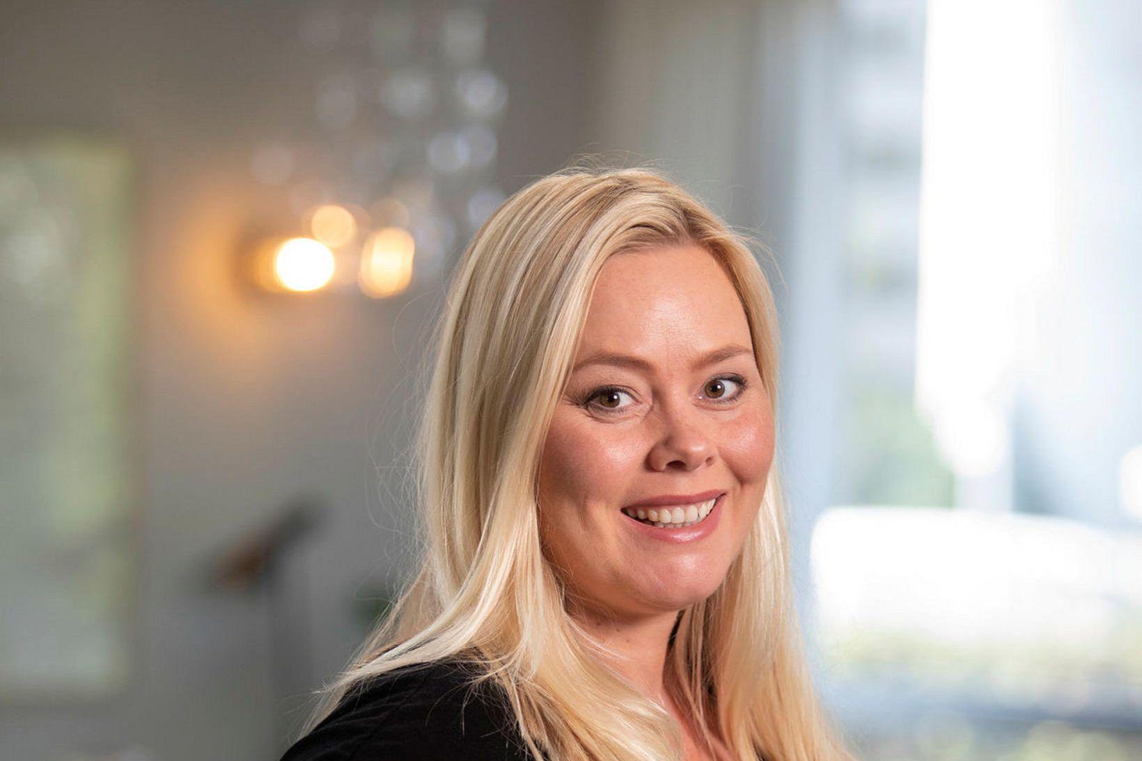 Hildur Gunnlaugsdóttir arkitekt býr ásamt eiginmanni sínum, Hreiðari Leví Gunnarssyni, …