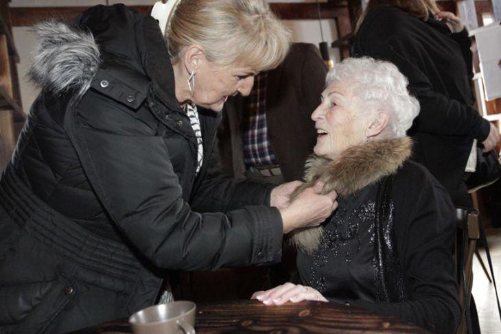 Stella Stefánsdóttir níræð
