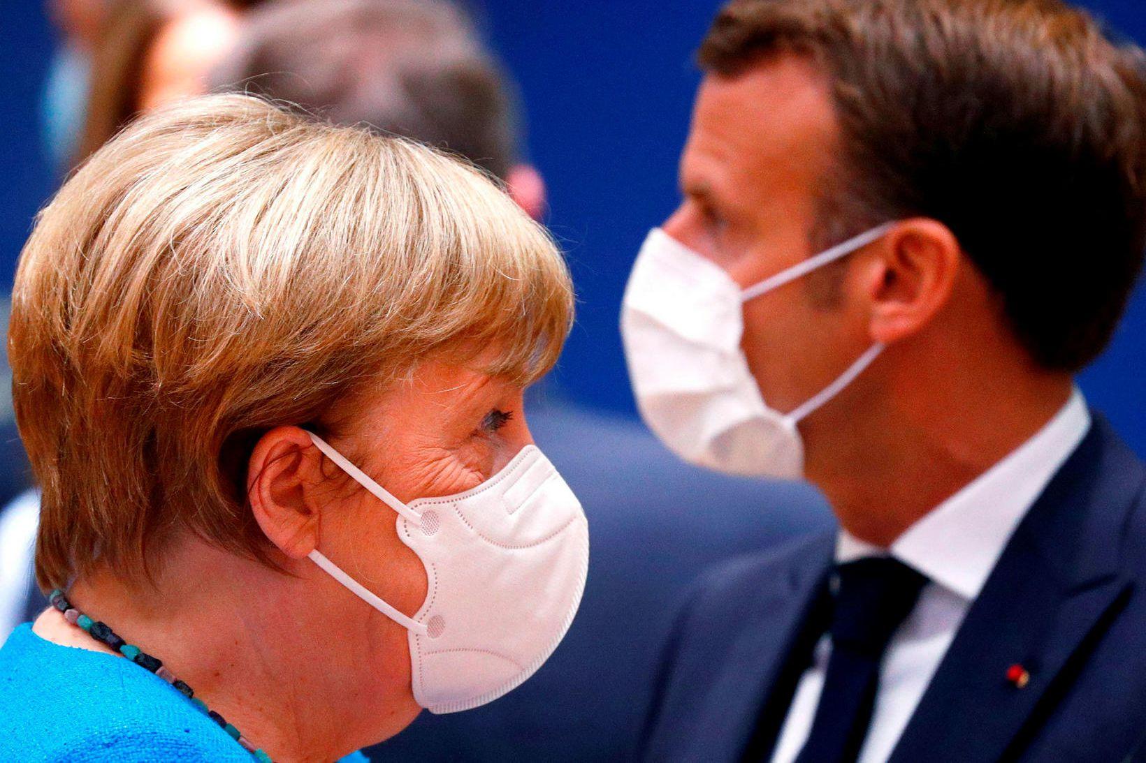 Angela Merkel Þýskalandskanslari og Emmanuel Macron Frakklandsforseti á fundinum í …