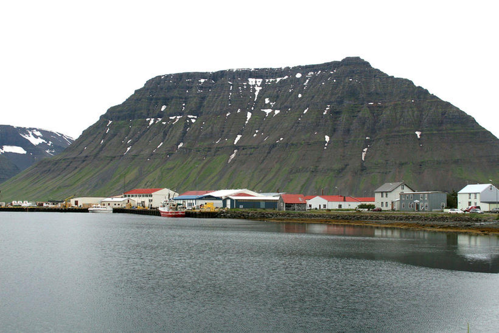 Eldi ÍS 47 ehf. stefnir að mun stærra eldi í …