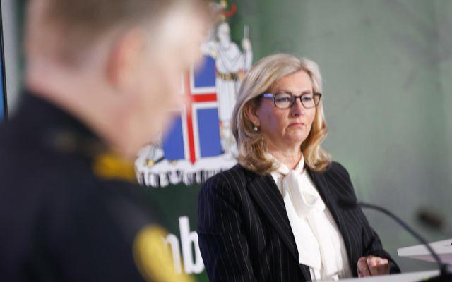 Alma Möller landlæknir á fundi almannavarna.
