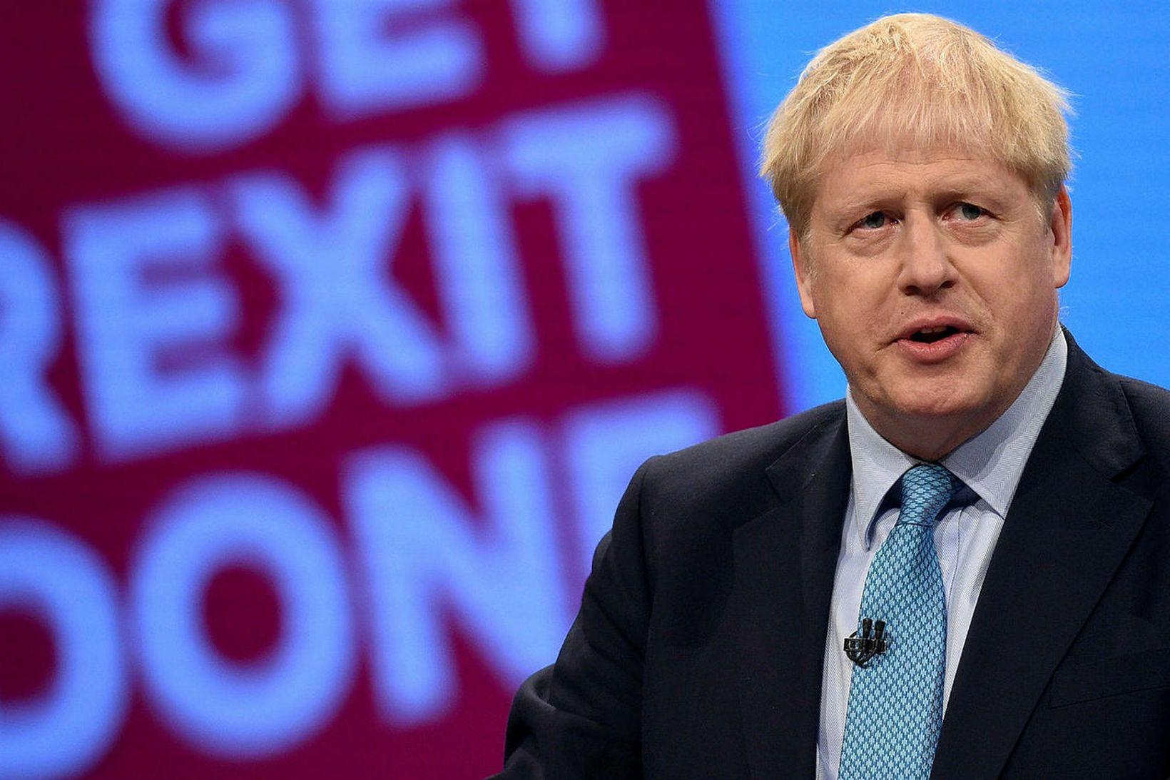 Boris Johnson, forsætisráðherra Bretlands, hyggst fagna upphafi nýrra tíma í …