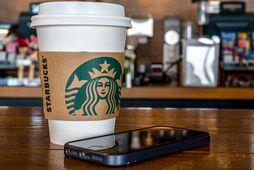 Starbucks hefur opnað aftur með heilmiklum breytingum.