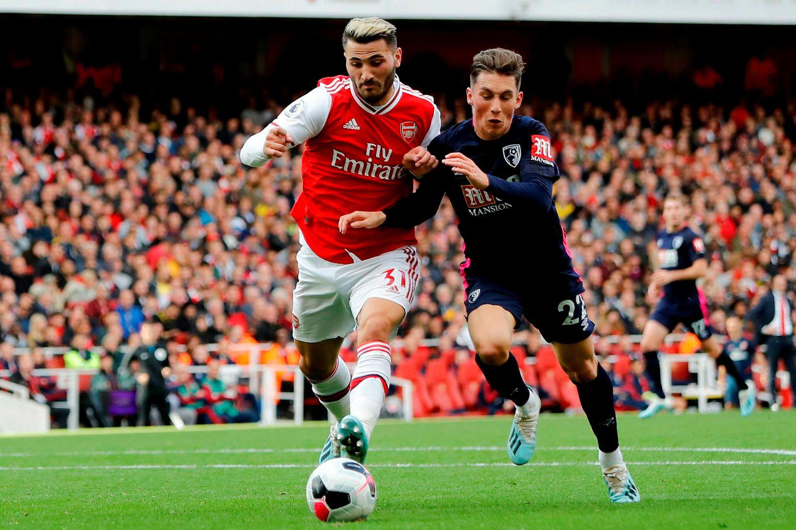 Sead Kolasinac í leik með Arsenal í vetur.