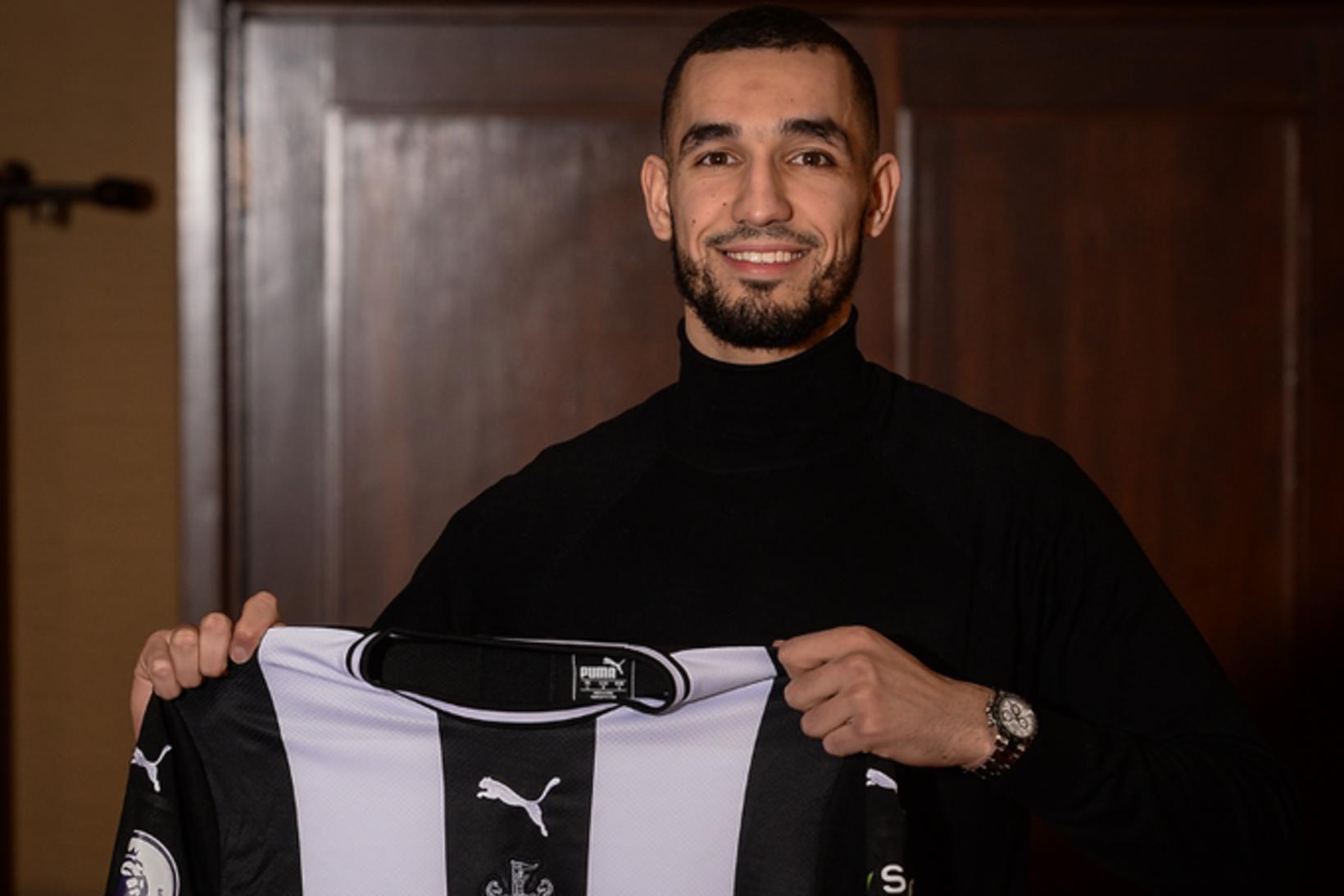 Nabil Bentaleb er komin til Newcastle í láni frá Schalke …