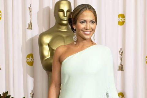 Jennifer Lopez þykir með eina fallegustu húð sem völ er á.