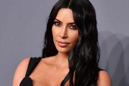 Kim Kardashian þakkar vegan fæðu fyrir mjótt mittismál.