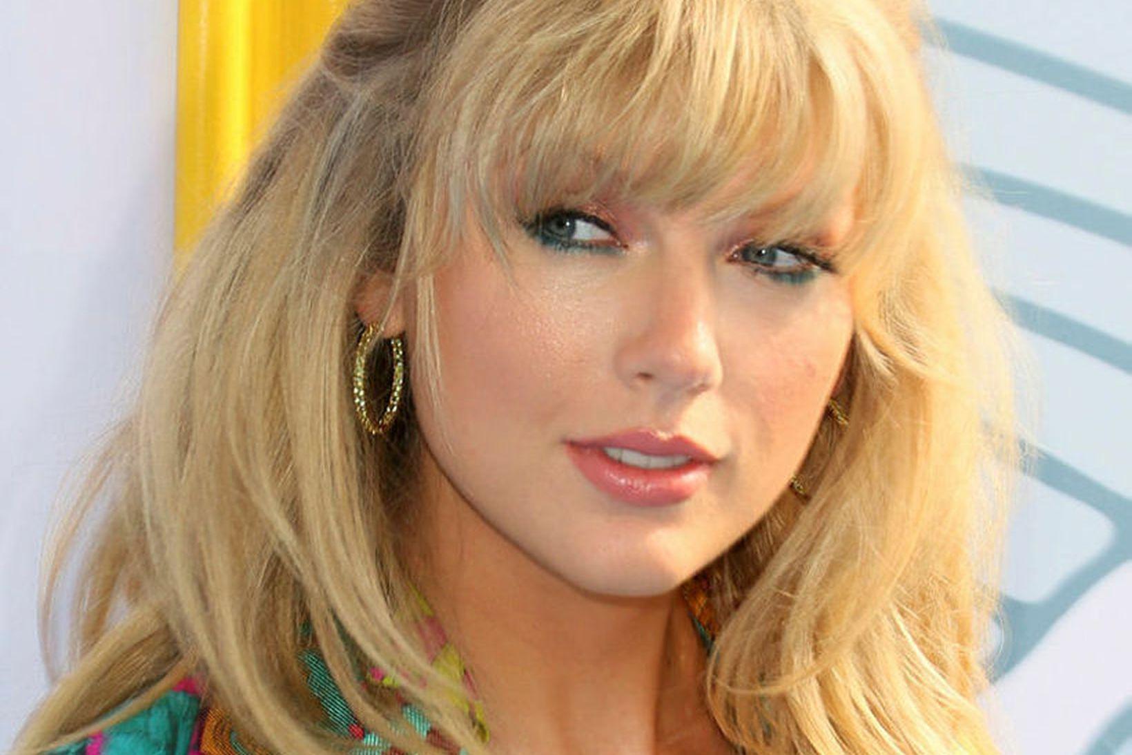 Samkvæmisónotin lutu í lægra haldi fyrir Taylor Swift.