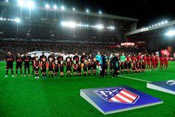 Leikmenn Atlético Madríd stilla sér upp fyrir leik gegn Liverpool í Meistaradeild Evrópu fyrr í …