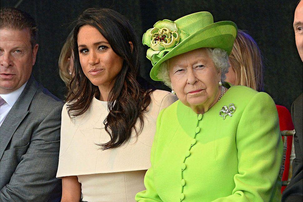Drottningin vill ekki heyra minnst á Meghan þessa dagana.