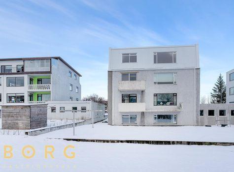 Gnoðarvogur 86