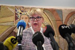 Saksóknarinn Eva-Marie Persson tjáir sig um niðurstöðu sænska dómstólsins.