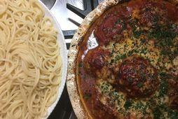 Gómsætar kjötbollur hér með spaghetti.