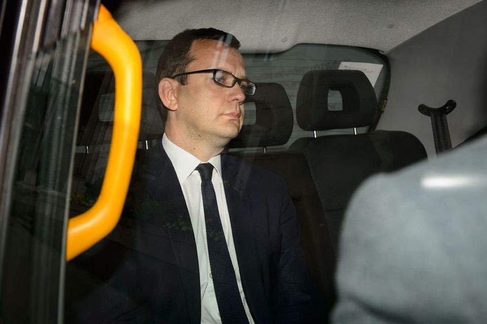 Andy Coulson l