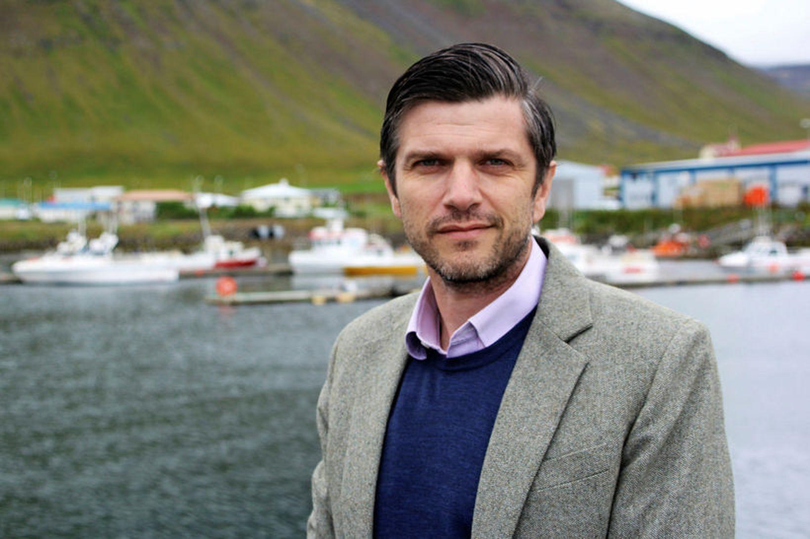 Jón Páll gerir ráð fyrir því að smitunum á svæðinu …