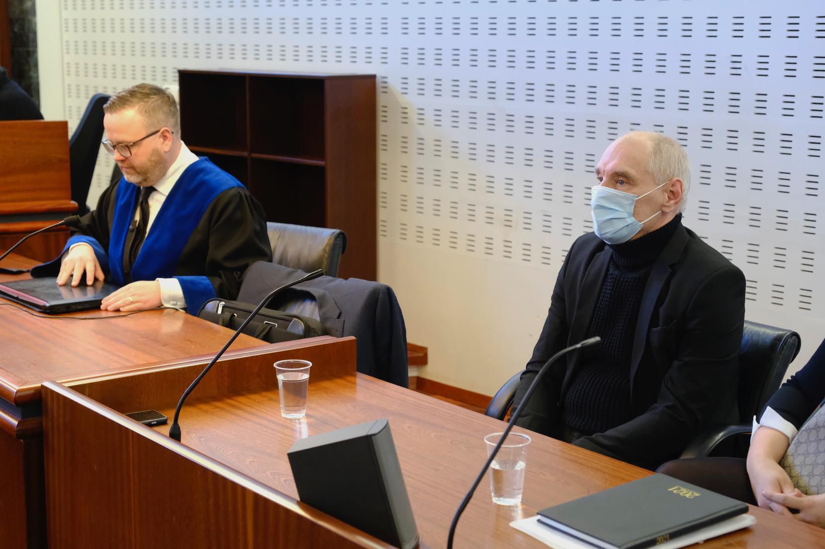 Marek Moszcynski ásamt lögmanni sínum, Stefáni Karli Kristjánssyni.