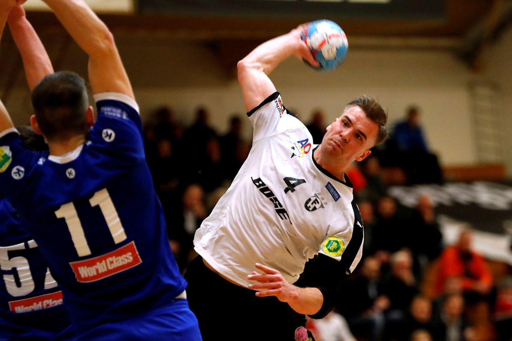 Bjarni Ófeigur Valdimarsson er kominn til Svíþjóðar.