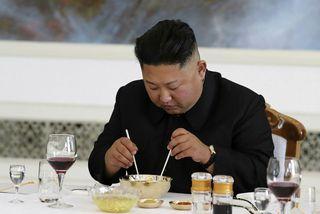 Kim Jong Un hefur fengið heimboð.