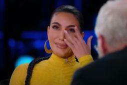 Kim Kardashian fór að gráta í þætti David Lettermans.
