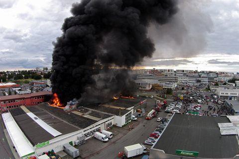 Frá brunanum í Skeifunni sumarið 2014.