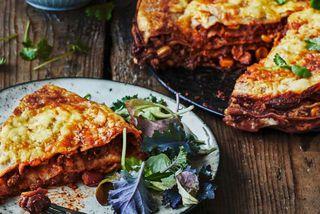 Lasagna er réttur sem allir elska, og þessi er með smávegis af dökku súkkulaði.