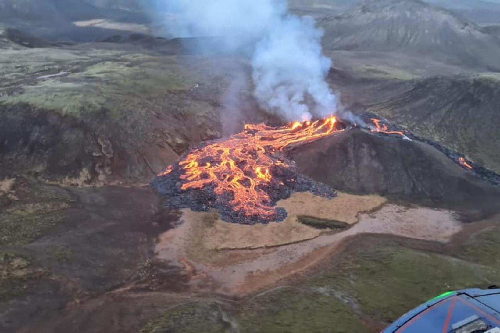 Gosið er pínulítið að sögn Víðis.