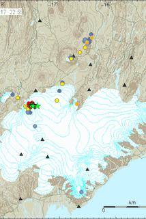 Grænu stjörnurnar sýna hvar á Vatnajökli sjálftarnir urðu í kvöld.