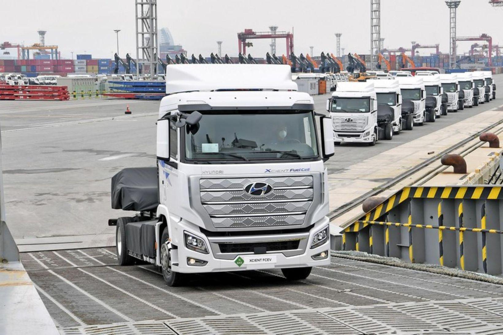 Fyrstu vetnisknúnu flutningabílarnir frá Hyundai eru komnir til Evrópu.