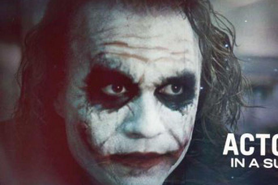 Heath Ledger fékk verðlaun fyrir leik sinn í myndinni Dark Knight. Systir hans tók við …