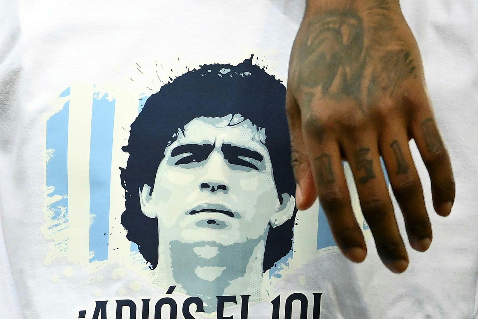Læknir Maradona hefur verið kærður fyrir vanrækslu, samkvæmt Marca.