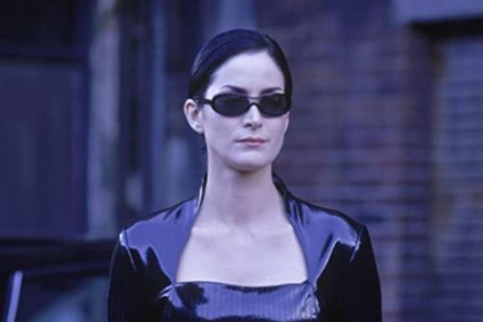 Carrie-Anne Moss í hlutverki Trinity í Matrix.