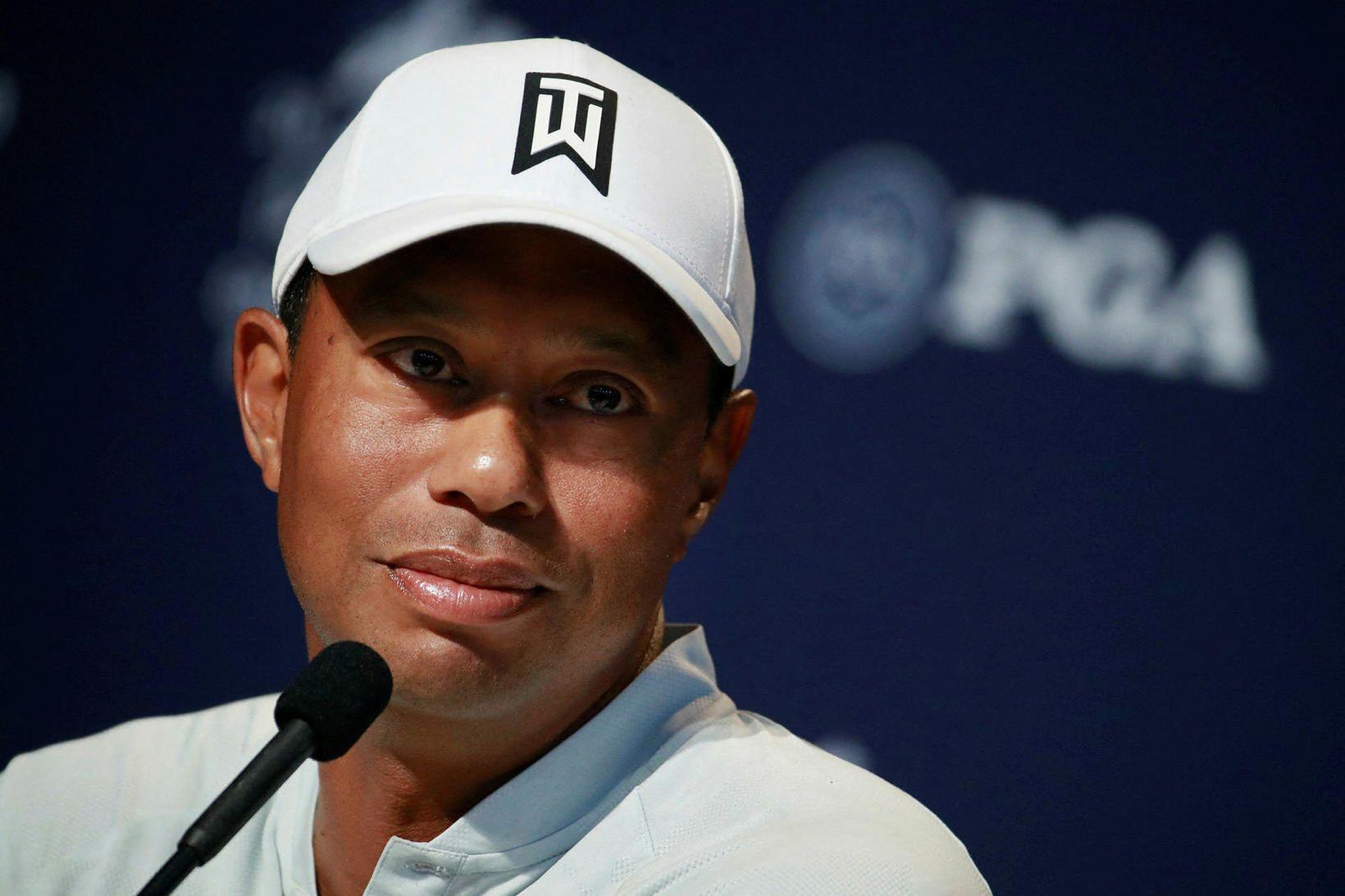 Tiger Woods lenti í alvarlegu bílslysi um síðustu helgi.