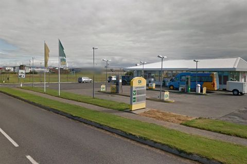 Stykkishólmur - Bus Stop (Olís) - Strætó
