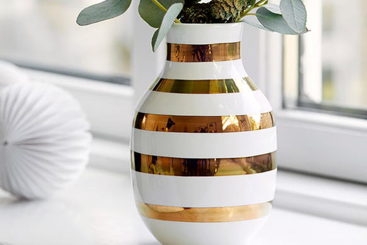Fersk Icelanders go nuts over Omaggio vase - Iceland Monitor DI-04
