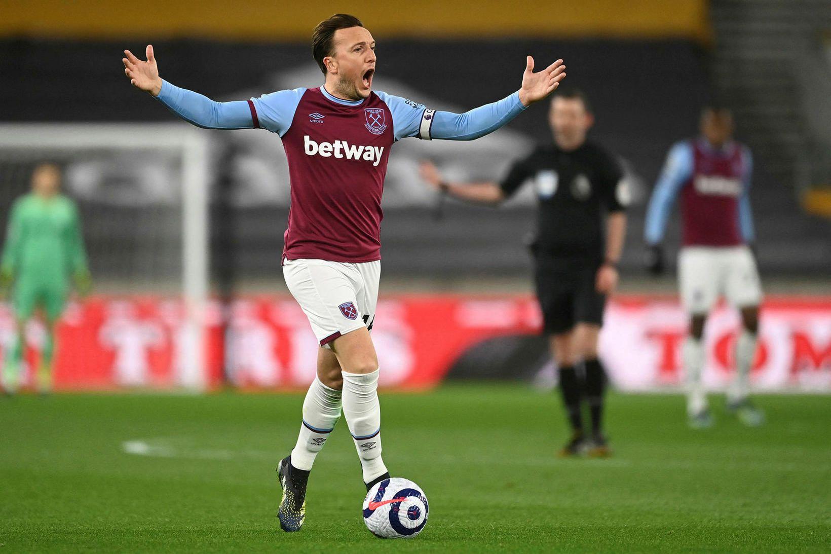 Mark Noble hefur allan sinn feril spilað með West Ham.