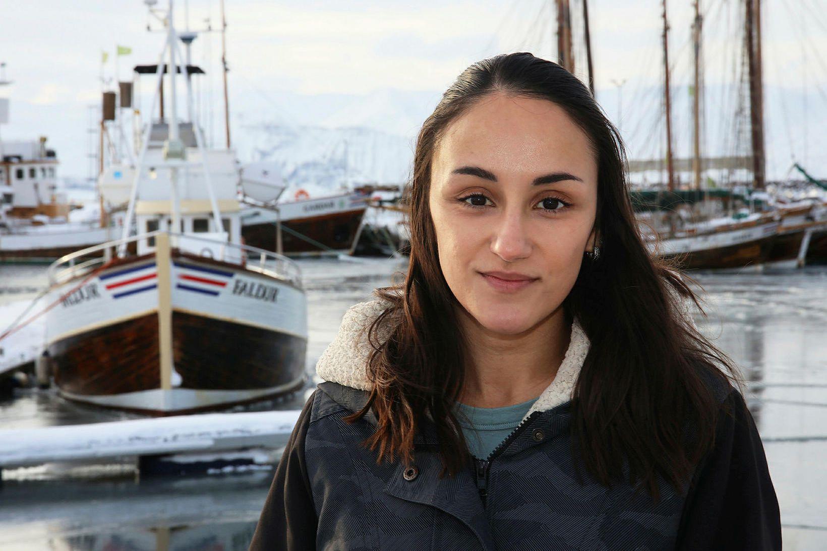 Charla Jean Basran, doktorsnemi við rannsóknasetur Háskóla Íslands á Húsavík …