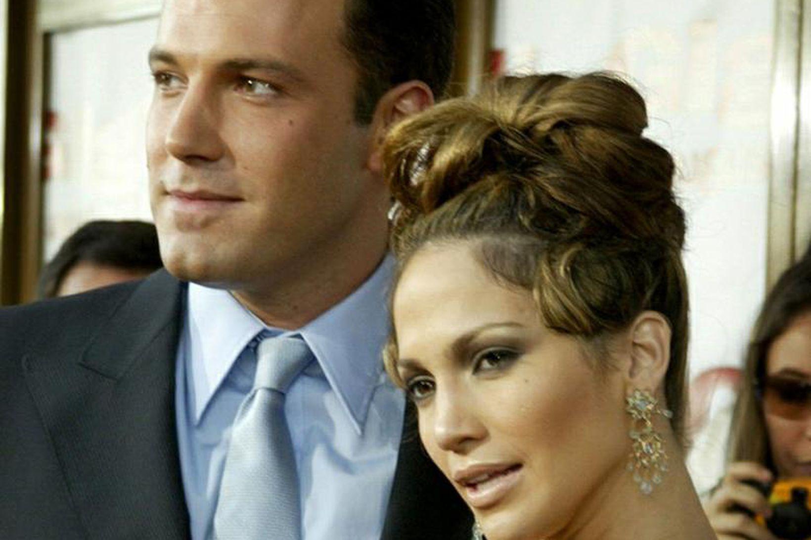 Ben Affleck og Jennifer Lopez árið 2003. Þau eru byrjuð …