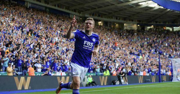 Jamie Vardy kom mikið við sögu í leik Leicester City og Burnley.