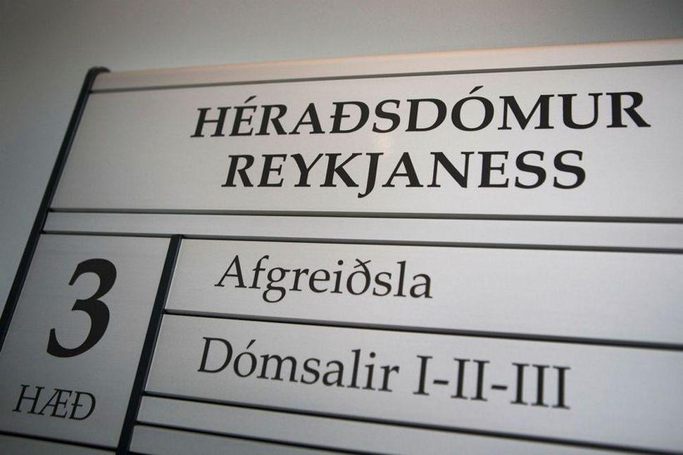 Aðalmeðferð í málinu lauk í dag.