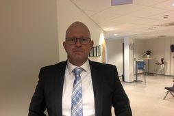 Jens Bernhard Herstad, verjandi manns sem sleppt var úr gæsluvarðhaldi á fimmtudag, eftir að Lögmannsréttur …