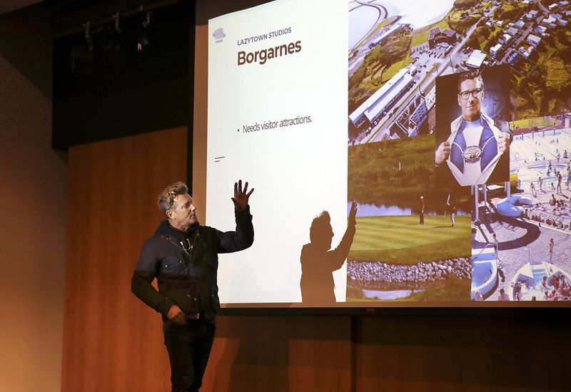 Magnús Scheving introduces the plans in Borgarnes yesterday.